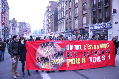 Manifestation unitaire pour un droit au logement pour tous.