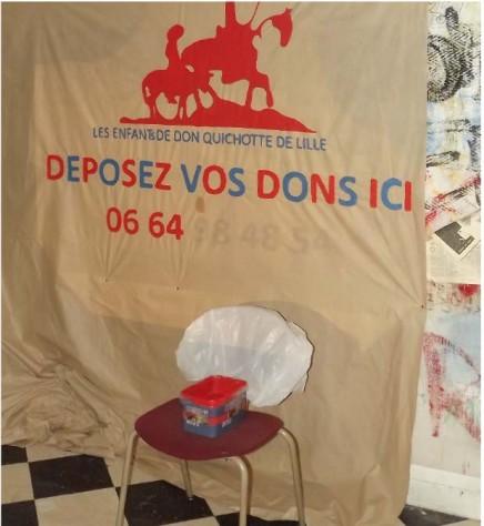Banderole réalisée par les Enfants de Don Quichotte pour la Braderie de Lille 2014.