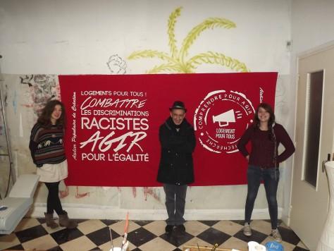 Banderole pour les collègues de Moulins, combattons les discriminations pour un droit au logement pour toutes et tous!